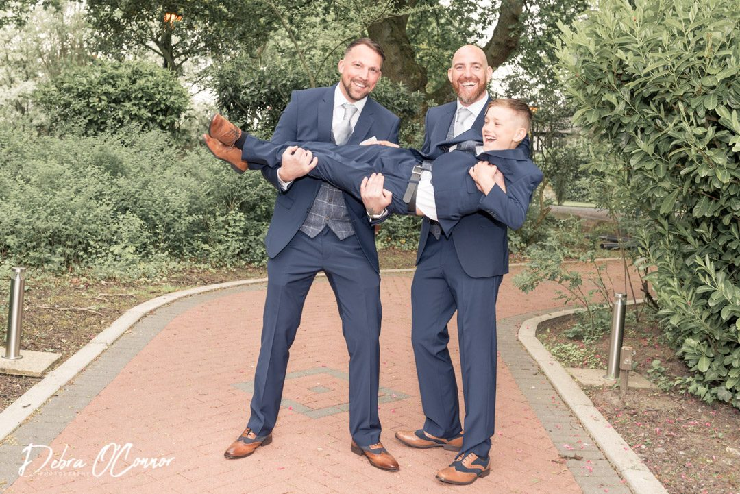 The-Oaks-Burnley-Wedding-Photographer
